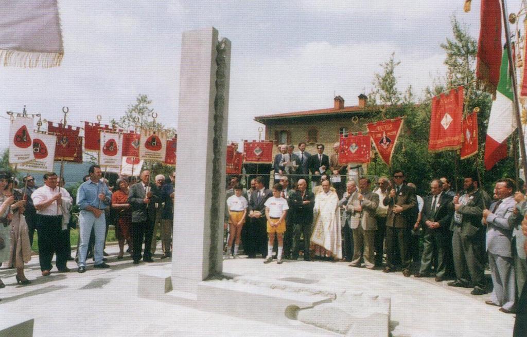 1992 - Monumento del donatore